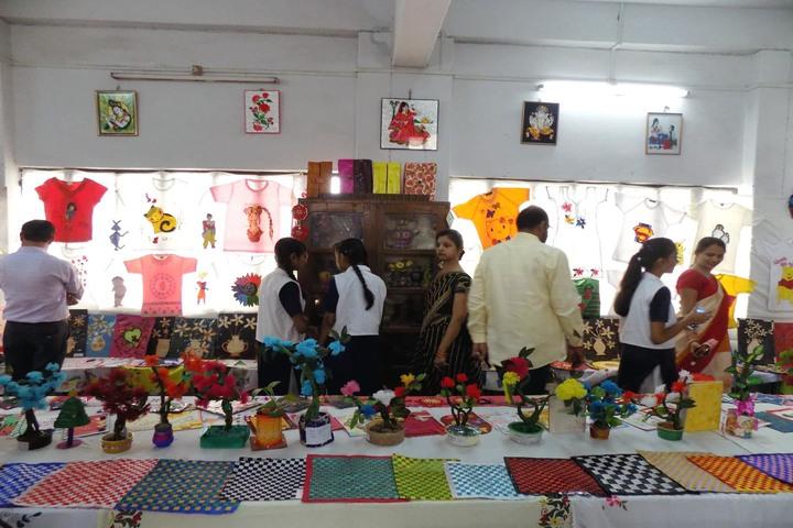 Jagat Taran Golden Jubilee School-Exhibition