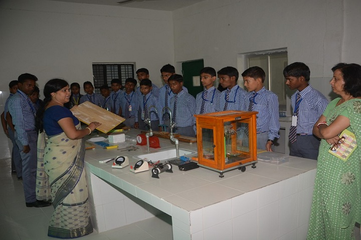 Jai Gurudeo Raj Public School-Laboratory