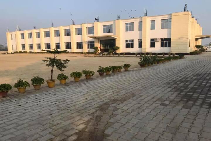 Jaish Public School-Campus-View