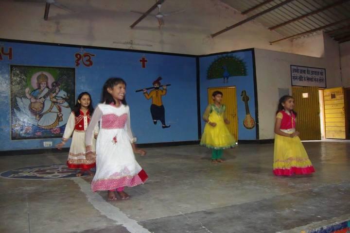 Jawahar Navodaya Vidyalaya-Dance-Room