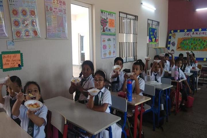 Delhi public School - Classrooms