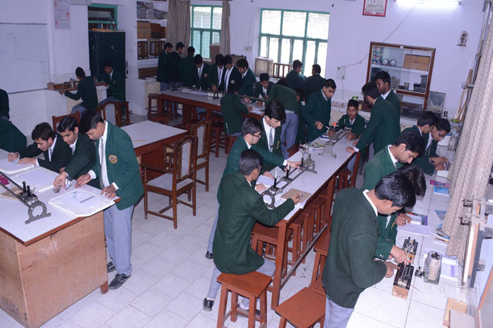 K C M School-Physics Lab