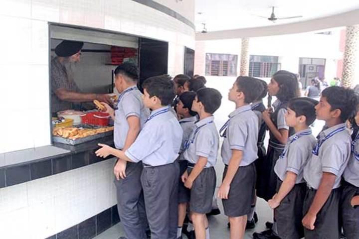 K L International School-Canteen