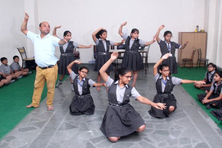 K L International School-Dance Room