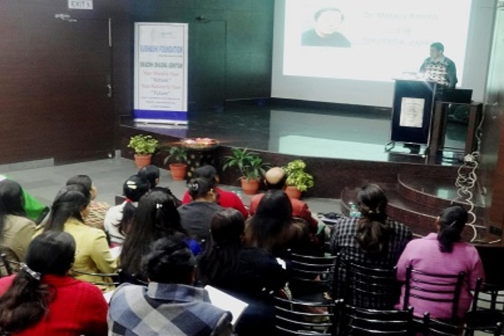 K L International School-Workshop