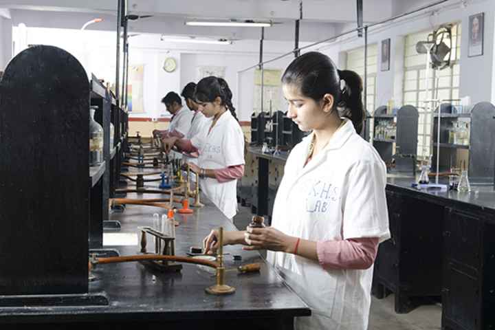 St Karens High School-Chemistry Labs