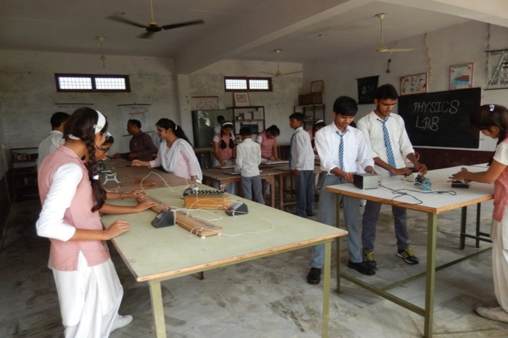 KM Public School-Laboratory