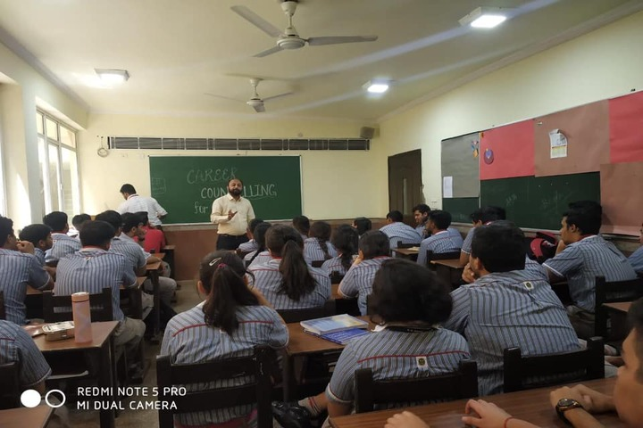 K.R.Mangalam World School-Career Counselling