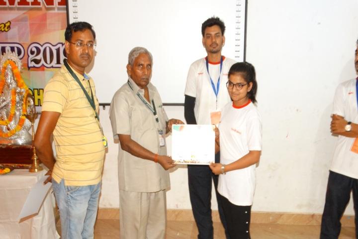 Kaushambi Public School-Certificate Distribution