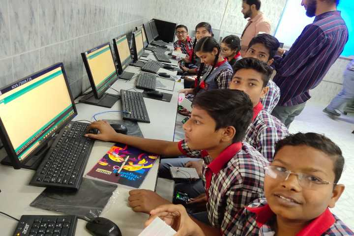 Kendriya Vidyalaya No. 3- Computer Lab