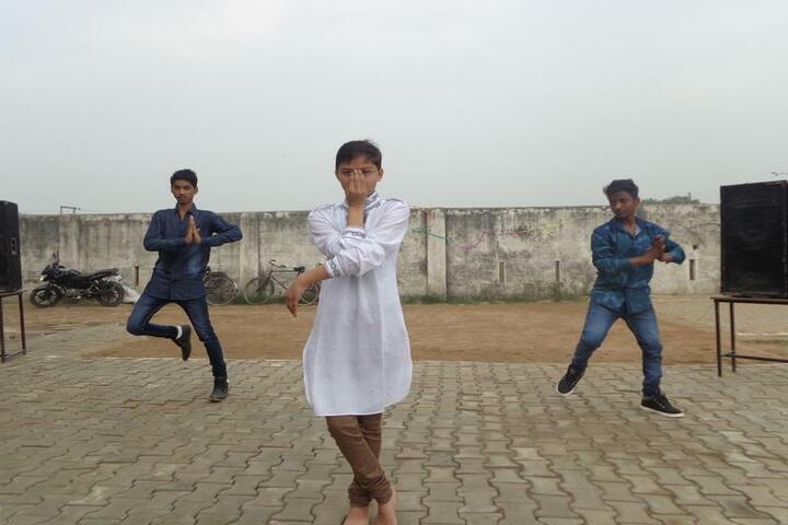 Ketan Covent School-Dance