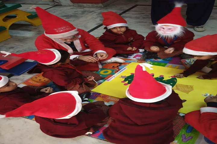 Kids Corner Happy School-Christmas Celebrations