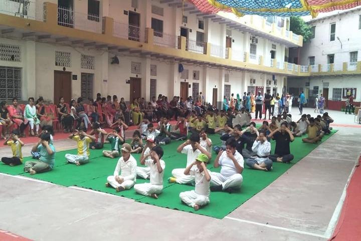 Kids Corner Happy School-Yoga