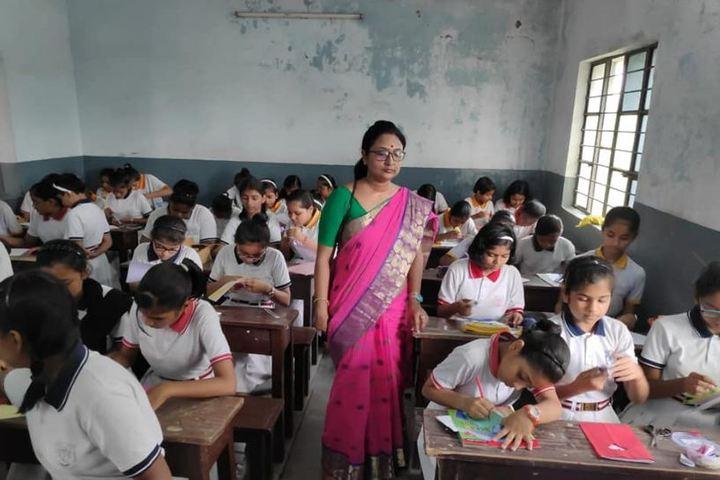 St Xaviers Junior Senior School-Classroom