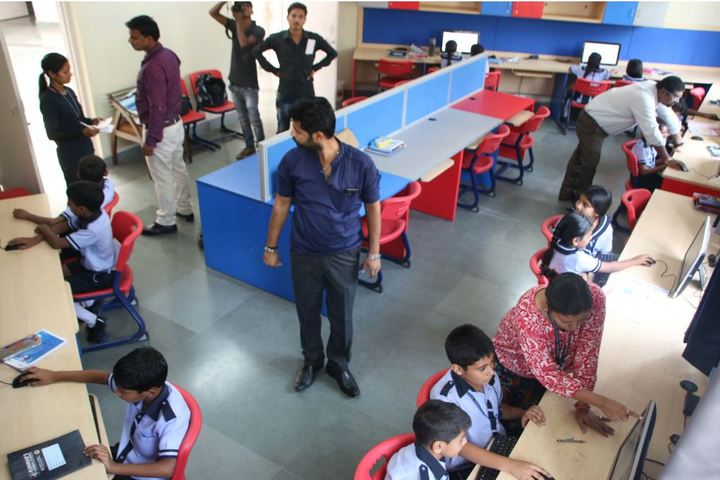 Kunwars Global School-Computer Lab