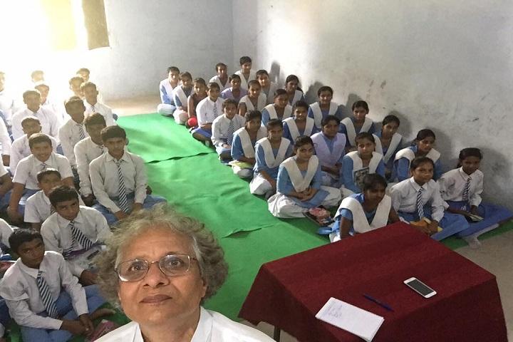 Kuru Om Vidyalaya-Classroom
