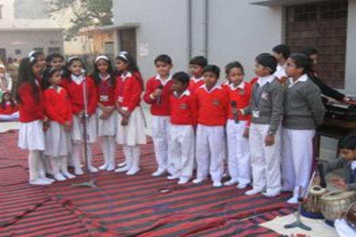 Kusum Goel Dr Santosh Saraswati Vidya Mandir-Singing