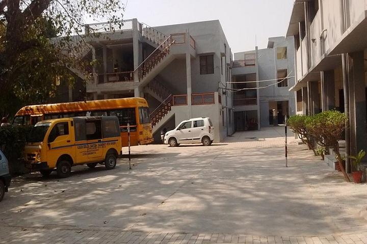 Kusum Goel Dr Santosh Saraswati Vidya Mandir-Transport