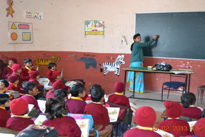 Kusum Pulic School-Classroom View