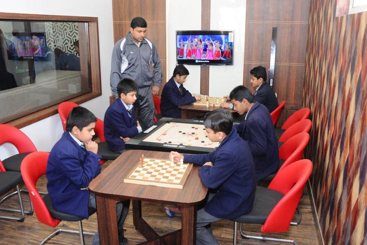 L N Public School-Indoor Games