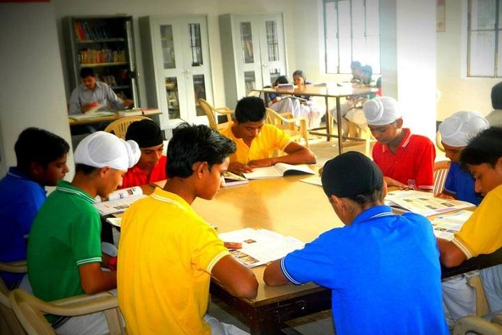 L S P Public School-Library