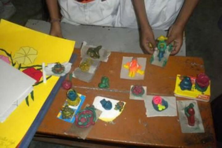 Lal Bahadur Shastri Sainik Secondary School-Art Craft
