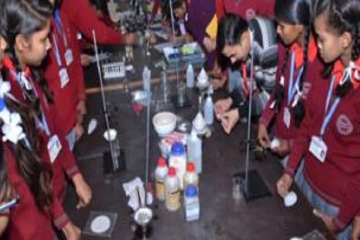 Lalsa International School-Chemistry Lab