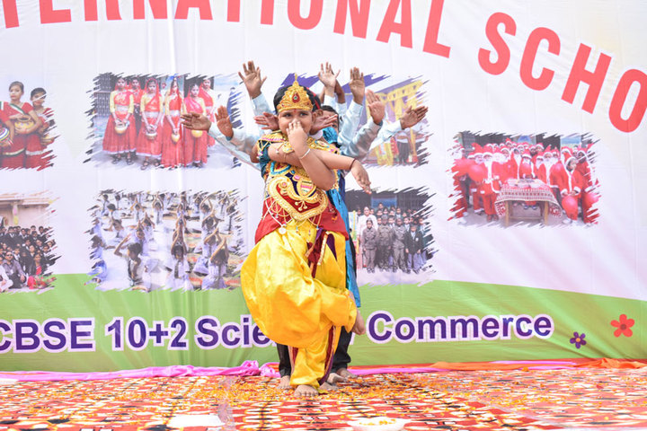 Subhash International School-Dance