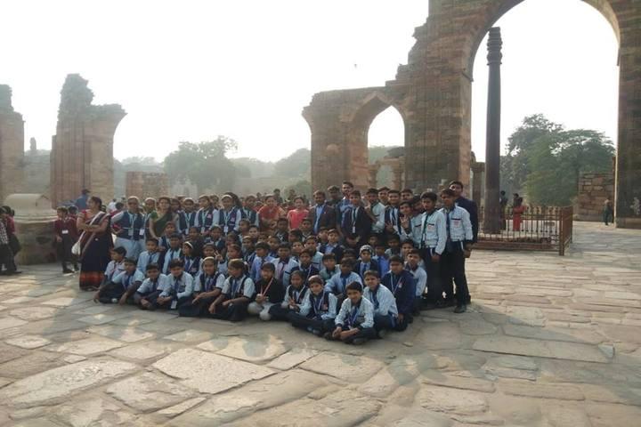 Lucky Public School-Tour