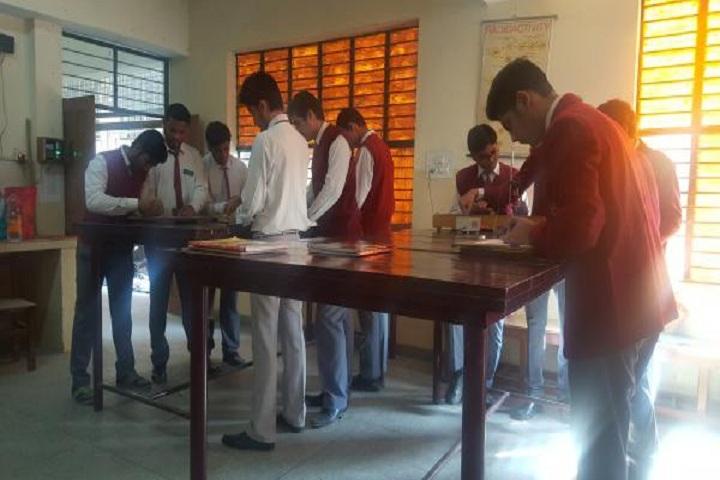 MG Public School-Physics Lab