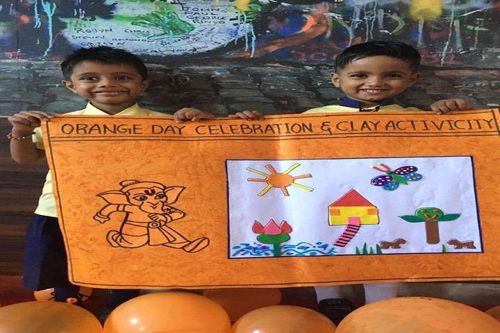 Maa Gayatri Memorial Kaushambi Presidency School-Science Exhibition