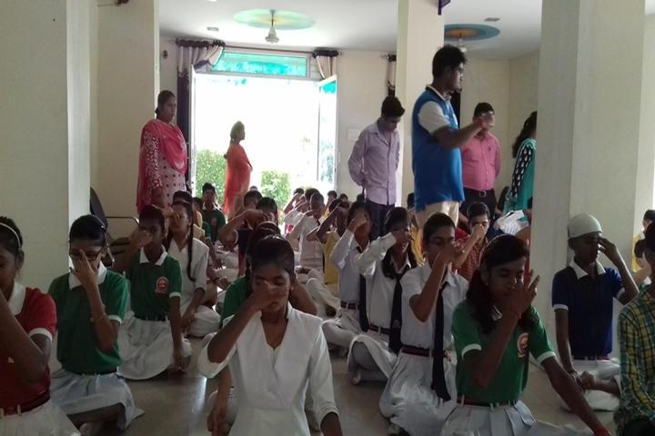 Maa Sharda Public School-Yoga