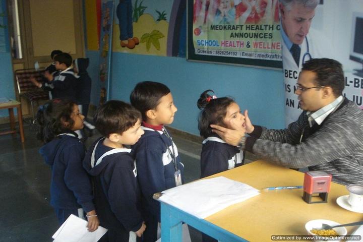 Maharaja Agrasen Public School-Medical check up