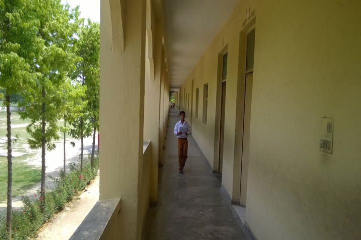 Maharishi Vidya Mandir-Corridors