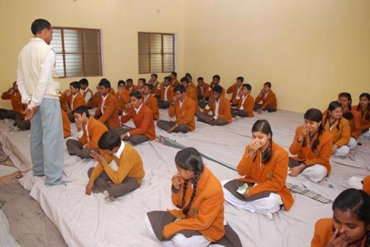 Maharishi Vidya Mandir-Meditation