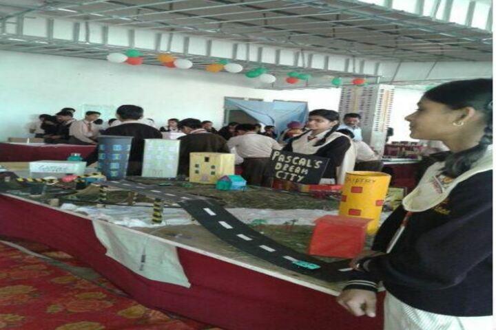 Mahatma Hansraj Modern School-School Exhibition