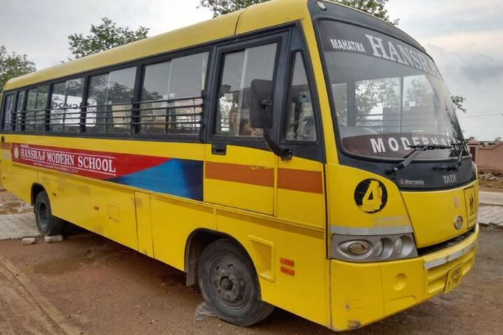Mahatma Hansraj Modern School-Transport facility