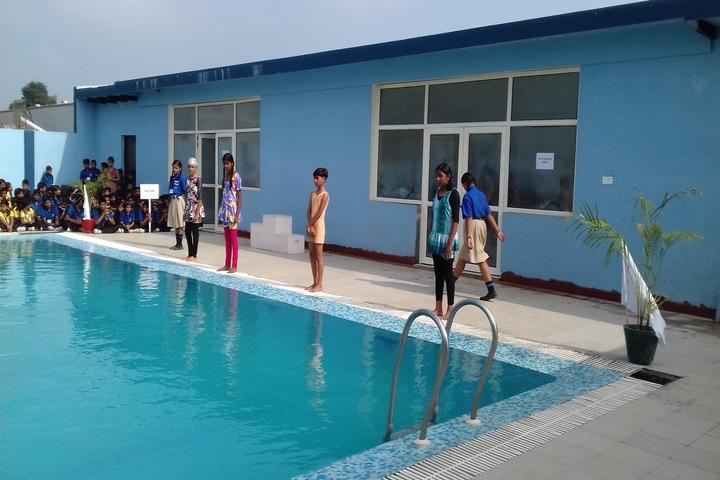 Mahi International School-Swimming Pool