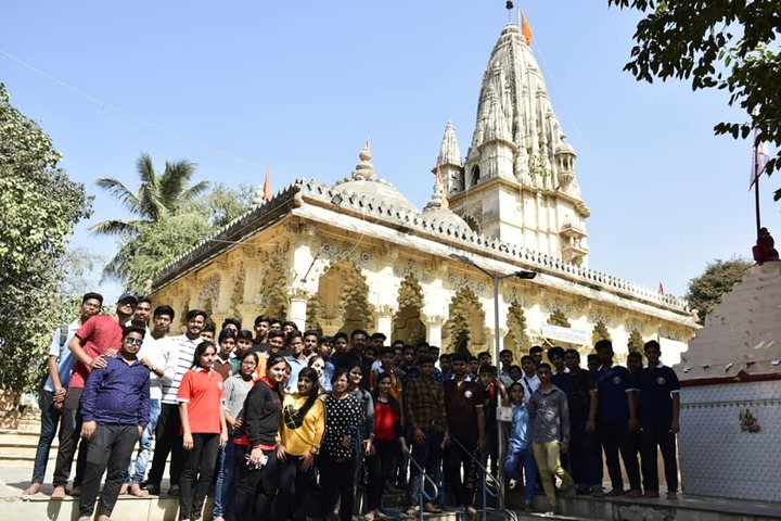 Manas Sthali Public School-Excursion
