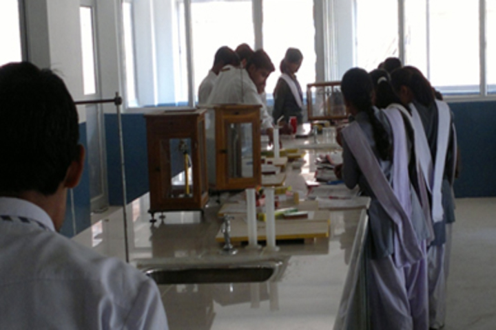 Manasthali Education Centre-Science lab
