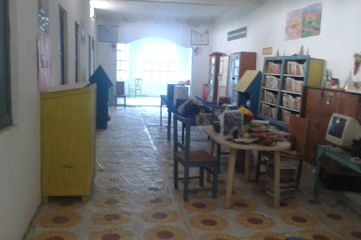 Mary Junior High School-Library