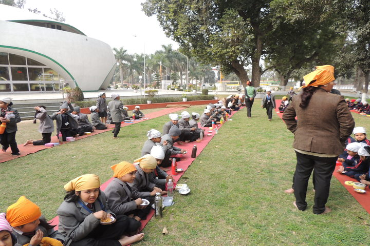 Miet Public School-Excursion