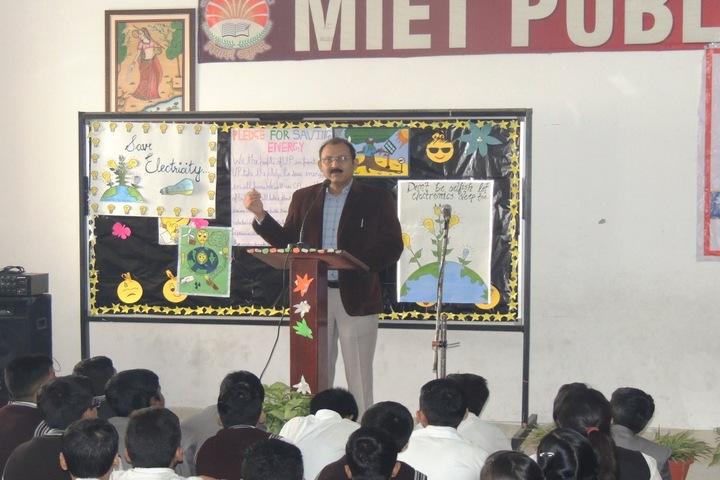 Miet Public School-Workshop