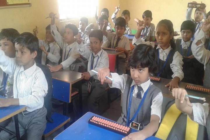 Minds Eye International School-Abacus