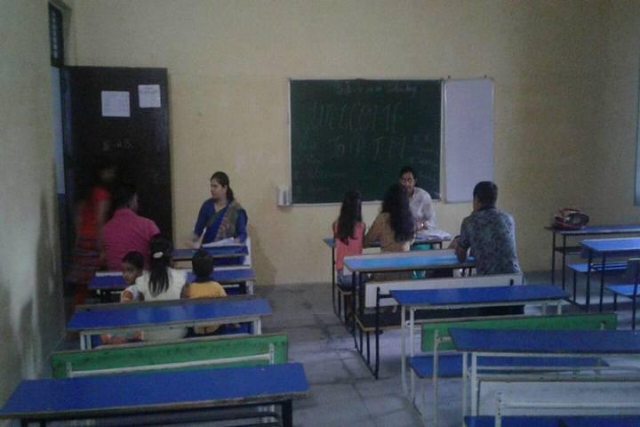 Minds Eye International School-Class Room