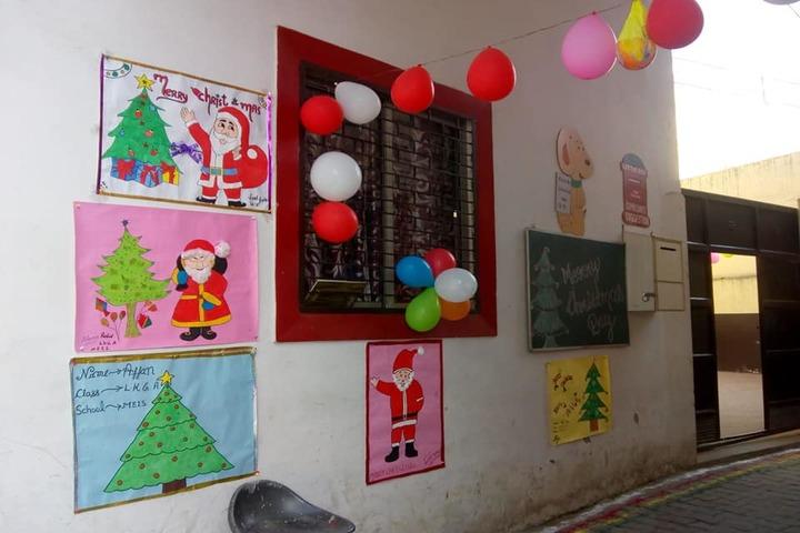 Minds Eye International School-Decoration