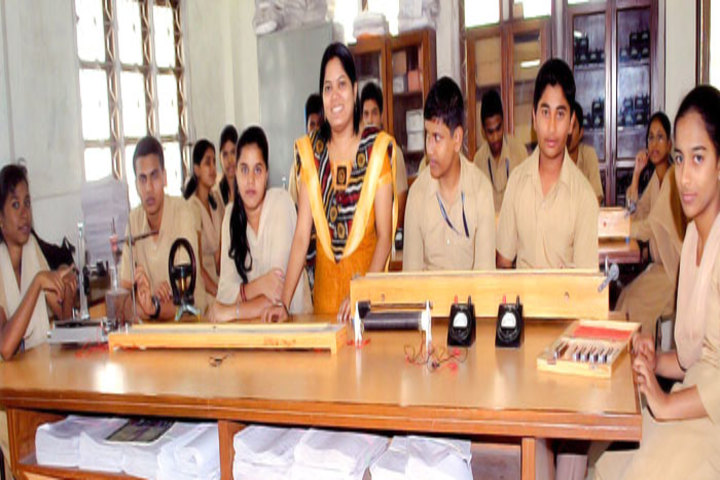 MMD Public School-Physics lab