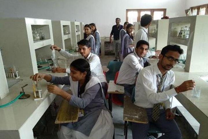 Modern Academy-Chemistry lab