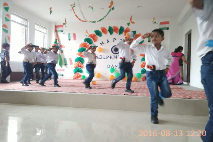Modern National Public School-Independence day