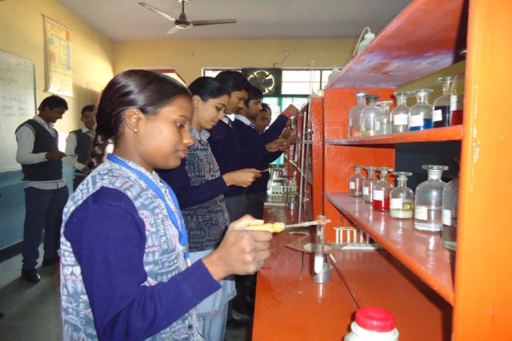 Modern Public School-Chemistry lab